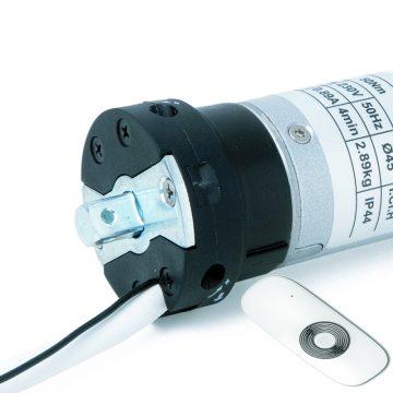 Motoriduttore con radiocomando per rullo Ø 60 mm e Ø 70 mm